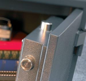 Mechanischer Einbruchschutz von Schlüsseldienst Adlikon