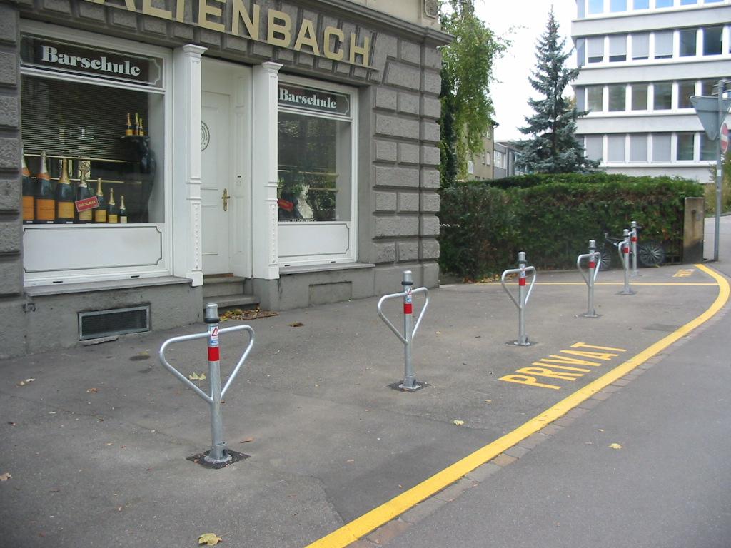 Schlüsseldienst Zürich Parkplatzsperren